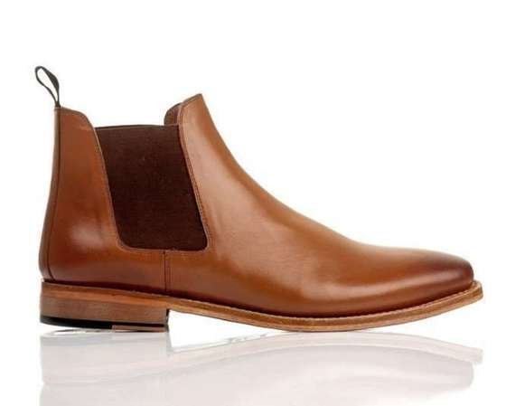 Classic leather Chelsea boots goodyear welted light brown M833LT
